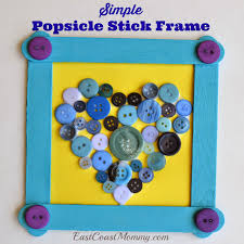 making their own gifts for the special people in their lives don t you this popsicle stick frame is a perfect diy gift for mother s day father s day