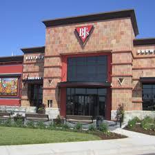 wichita kansas location bj s restaurant brewhouse