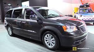 chrysler 2015 van. 2015 chrysler town u0026 country limited platinum ext interior walkaround detroit auto show youtube van