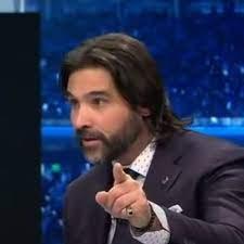 Adani lascia Sky e non va a DAZN: può andare a commentare la Champions con  Sandro Piccinini
