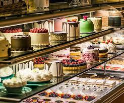 Signature Cakes Gayles Bakery