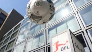 Saison 2021/22 saison 2020/21 saison 2019/20 saison 2018/19 saison 2017/18 saison 2016/17 saison 2015/16 saison 2014/15 saison 2013/14 saison 2012/13 saison 2011/12 saison. Bundesliga Dfl Veroffentlicht Bundesliga Spielplan Am 25 Juni Ran