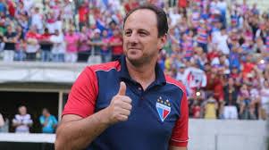 Resultado de imagem para PERMANÊNCIA Rogério Ceni renova contrato com Fortaleza e continua no comando do time em 2019
