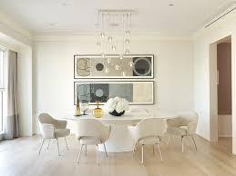 saarinen oval dining table white