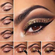 step by step eyeshadow tutorial for beginners dark crease eyeshadow with glitter lids