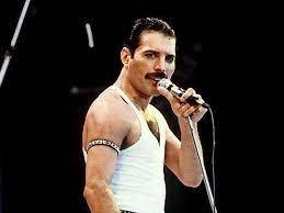 Nov 01, 2018 · freddie mercury at the 1990 brit awards | credit: 28 Jahre Nach Seinem Tod Neuer Song Von Freddie Mercury Veroffentlicht