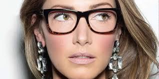 wear eyegles with light shaded eyes