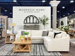 Exclusive Designs Dfw West Coast Home Store Greets Dfw With Special Treat From