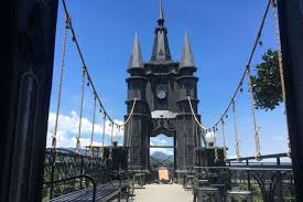 Bandung Merdekacom Menarik Di Punclut Ada Kastil Seperti Film