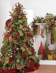 Decorate Your Christmas Tree With Bows & Ribbon