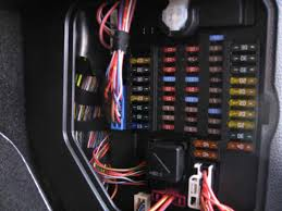 12v fuse box wiring all about wiring photo ideas 2007 mini cooper fuse box location jodebal com · good switched 12v