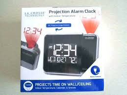 alarm clock projects on ceiling atomic projection alarm clock la atomic projection alarm clock la atomic alarm projection clock wt it atomic projection