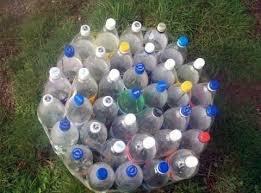 Potong dua botol plastik, lalu gabungkan nah, itu dia 45 ide kreatif dari botol plastik bekas. Cara Membuat Kursi Cantik Dari Botol Bekas Pinka