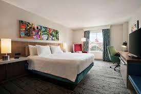 hilton garden inn convention center hotel reveals its renovation