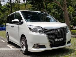 2016 Toyota Esquire 2.0A Gi Photos, Pictures Singapore - STCars