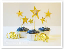 in addition new years eve decoration ideas 11 – Interior Decoration ideas furthermore New Year's Party Decorating Ideas   Decorating Of Party also Top 32 Sparkling DIY Decoration Ideas For New Years Eve Party moreover  furthermore Look at some awesome New Year Decoration Ideas   Daily Roabox also 20 Party Decorations To Ring In the New Year likewise  together with New Years Eve Decorating Ideas  4716 besides 210 best New Years Eve Party Ideas images on Pinterest   New years likewise Diy New Years Decorations   Home Design Ideas and Pictures. on decorating ideas for new year