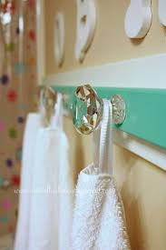 Decorative Hand Towels For Powder Room 17 Best Ideas About Hanging Bath Towels On Pinterest Bathroom