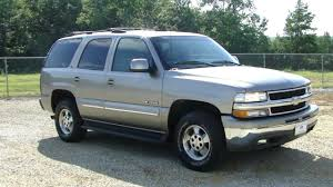 2001 Chevrolet Tahoe Specs and Photos | StrongAuto