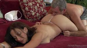 Delicious mature brunette Melissa Monet gets eaten out.