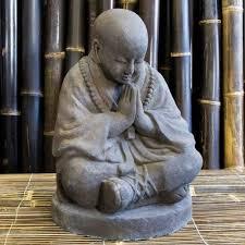 shaolin sitting buddha garden statue