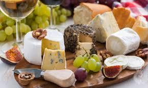 Resultado de imagem para queijo e vinho