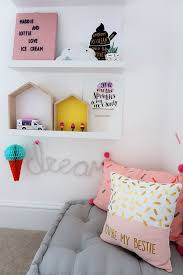 i have got all sorts of diffe trinkets on their shelves that i picked up and d over the last few months the little ice cream van for example i