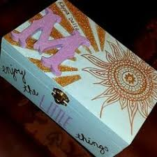 Memory Box Decorating Ideas Kyndal Clower kyndalclower's ideas on Pinterest 36