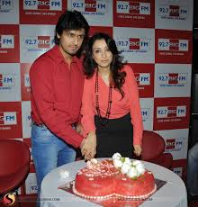 madhurima plans special valentine s day gift for husband sonu nigam pictures 12