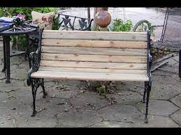 rebuilding a bench using pallet wood