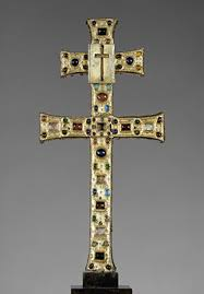 the crusades    –      essay   heilbrunn timeline of art    reliquary cross