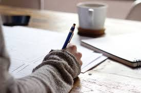 practical tips to start lance writing as a college student  student in the middle of writing