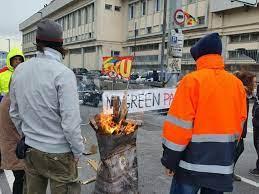 Sciopero di 48 ore per i portuali dell'Usb: presidi ai varchi e possibile  corteo - Genova 24