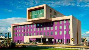 el hotel hilton garden inn monterrey cambia de piel a krystal urban