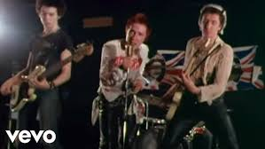 <b>Sex Pistols</b> - God Save The Queen - YouTube