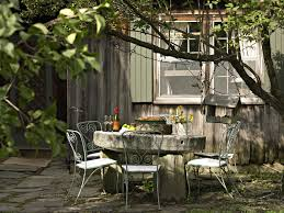 Round Table Tracy Country Patio Outdoor Patio Design Ideas Lonny