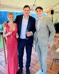 Conner Rousseau - Grote broer is getrouwd vandaag 🥰 Veel...