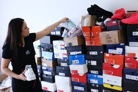 how two college students and self proclaimed sneakerheads became eric delgado and victoria weiss a boyfriend girlfriend duo began rope lace supply in weiss dorm room now recent college grads they re selling shoelaces