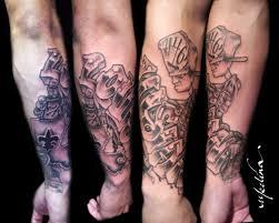 luisianna graffiti tattoo on sleeve