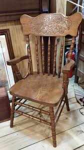 solid oak pressed back chairs set of 4 2 arm to 2 side now on oak