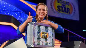 By comparison, thomas gottschalk would still be the better president. Schlag Den Star Mit Cathy Hummels Und Stefanie Hertel Stern De