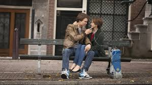 Shailene woodley, the secret life of the american teenager, the fault in our stars, divergent, sand, vest. Mtv Movie Awards 2015 Ansel Elgort And Shailene Woodley Win Best Kiss Hollywood Reporter