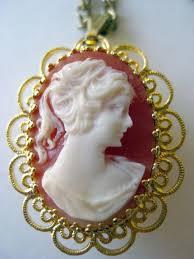 cameo geneva 17 jewel watch pendant necklace in working condition designer jewelry vintage jewelry