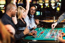 Can lucky people earn more in gambling? - Vanessa And Rob