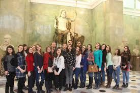 Музейная практика студентов историков Воронежского   школьникам на уроках поэтому проведение музейной практики в г Санкт Петербург является значимым этапом в процессе подготовки к будущей профессии