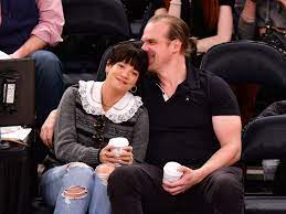 Lily Allen and David Harbour Are ...