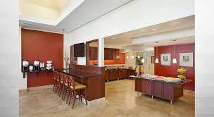 bar restaurante imagen general del hotel hilton garden inn chicago oakbrook terrace