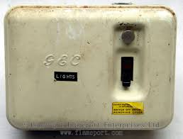 gec metal 3 way fusebox old gec 3 way metal fusebox switch on