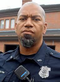file Officer Earl Middleton     journalinquirer.com