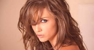 účes Debut Na Strednej Vlasy Fotografie