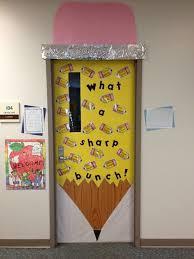 school classroom doors. What A Sharp Bunch: Cute Classroom Door Display Idea For Back To School. School Doors